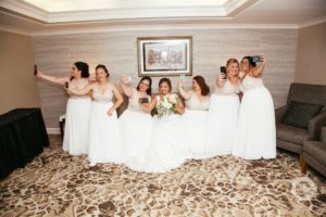 Willow Valley Weddings, DoubleTree Lancaster, bridesmaid selfies