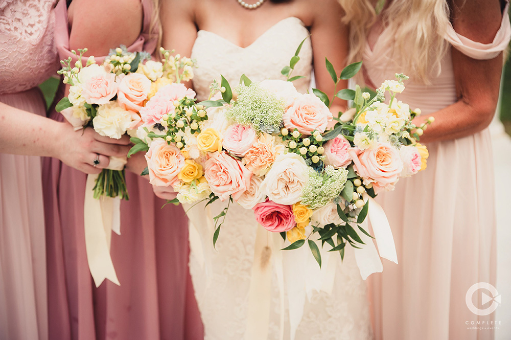 shades of pink and yellow wedding colors